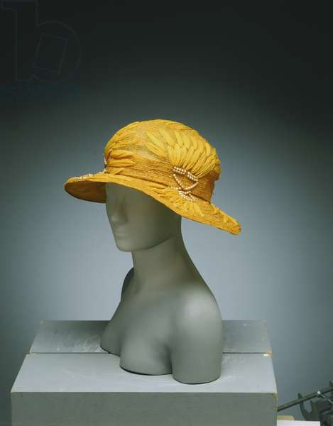 Woman's Hat, c.1923 (yellow straw and silk chiffon with artificial pearls)