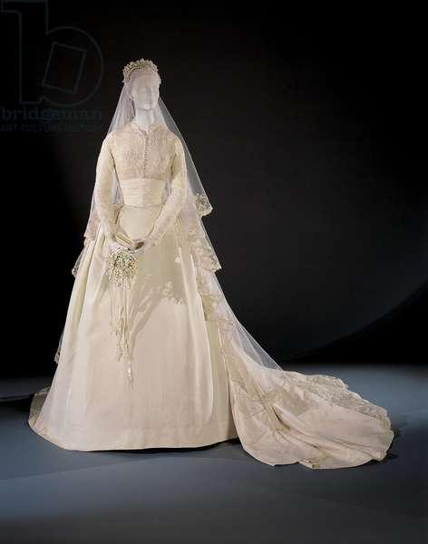 Grace Kelly's Wedding Dress, 1956 (silk, tulle & seed pearls)
