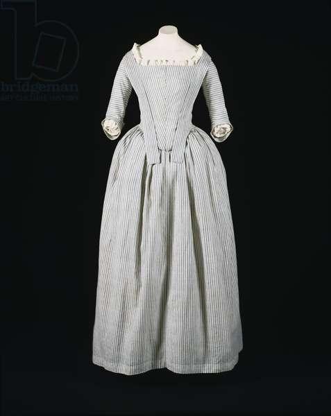 Woman's Round Gown (Robe à l'anglaise) c.1775-80 (striped cotton plain weave)