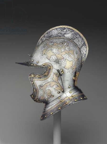 Burgonet, c.1560 (steel, brass & leather) (see also 441748 & 441749)