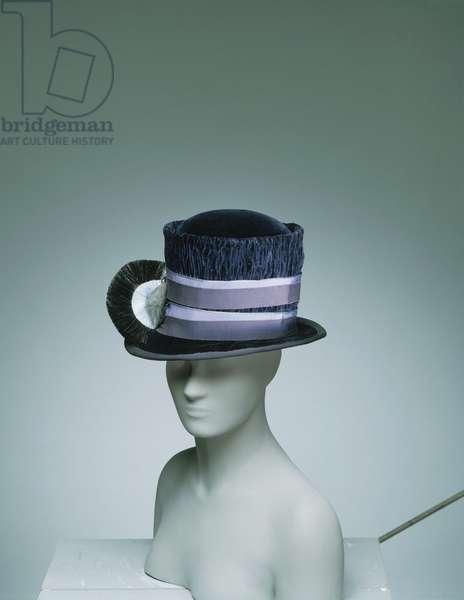 Woman's Hat, c.1926 (blue silk velvet with ribbon)