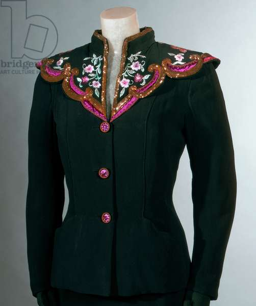 Dinner Jacket, Summer 1945 (rayon crepe with gold & silk thread embroidery)