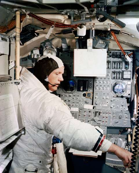 Apollo 11: N. Armstrong in training - Apollo 11: N.Armstrong in simulation training - Neil A. Armstrong in training session, Apollo 11 mission. 19/06/1969. Neil A. Armstrong participates in simulation training in preparation for the scheduled lunar landing mission. Jun 19 1969
