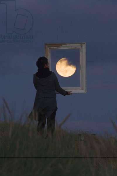 Framed Moon - Moon frame