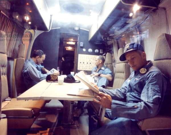 Apollo 11: astronauts in quarantine - Apollo 11: astronauts in quarantine - The crew of Apollo 11 in a mobile van. 07/1969