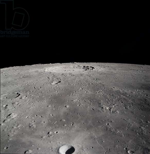 Moon: cratere Copernic - Moon: Copernicus crater - Image obtained in November 1969 from the control module of Apollo 12