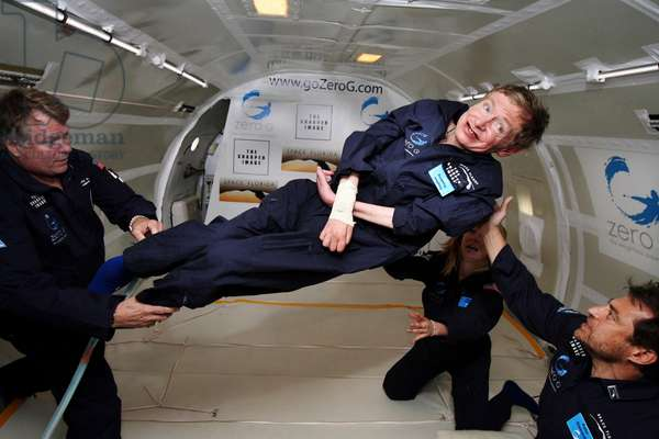 Stephen Hawking in weightlessness - 26 - 04 - 2007 - 26 - 04 - 2007 Stephen Hawking in weightlessness aboard the modified Boeing 727 of the commercial company Zero G corp. During this flight, the physicist performed 8 weightlessness sequences of 30 seconds each. Stephen Hawking could embark on a sub-orbital flight with Virgin Galactic in 2009