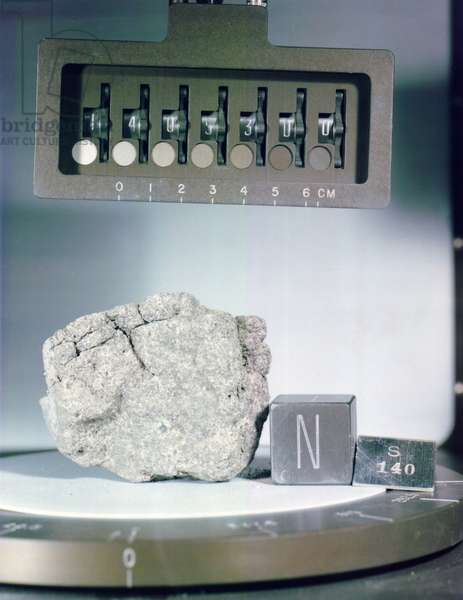 Apollo 14: Basaltic rock - Apollo 14: lunar rock - basaltic lunar rock brought back by astronauts from the Apollo 14 mission. Lunar sample, holocrystalline, fine - grained, equigranular mare basalt