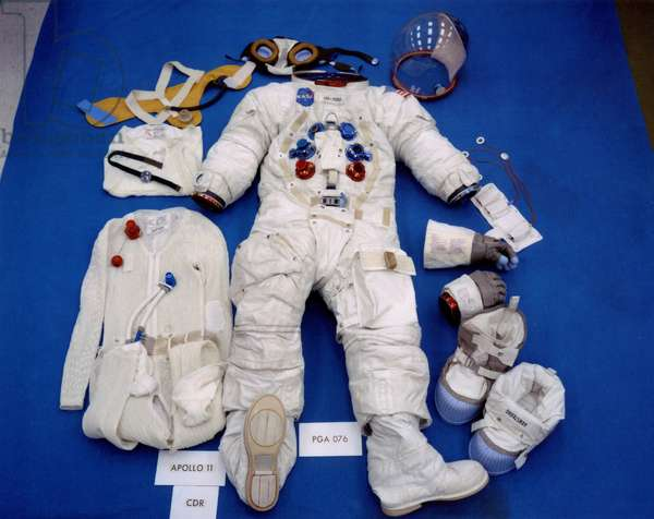 Apollo 11: Space suit of N.Armstrong - Apollo 11: N.Armstrong space suit - Neil Armstrong combination planned for its extravehicular exit on the Moon. 13/07/1969. Neil Armstrong's lunar EVA follows. Jul 13 1969