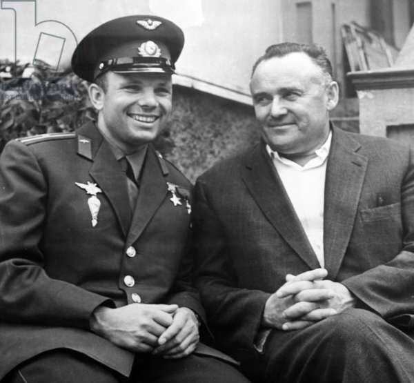 Yuri Gagarin and Sergei Korolev - Yuri Gagarin and Sergey Korolyov - Cosmonaut Yuri Gagarin (1934 - 1968), the first man to travel in space, photography with engineer Sergei Korolev (1907 - 1966). Cosmonaut Yuri Gagarin (1934 - 1968), the first man in space, with engineer Sergey Korolyov (1907 - 1966), seen in 1961 after his historical flight (on April 12, 1961)