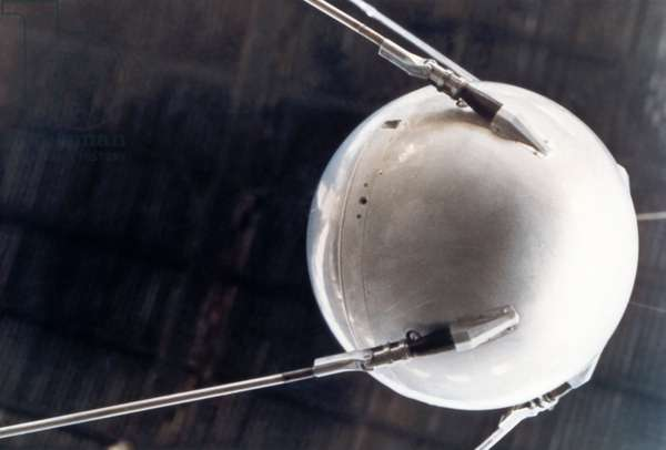 Artificial satellite Sputnik 1 - Model of the satellit