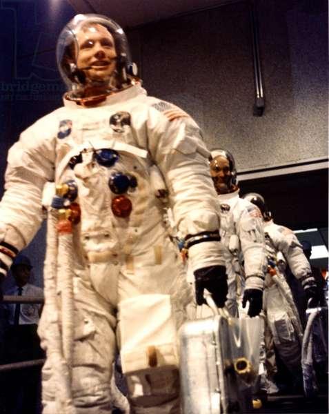 Apollo 11 astronauts depart - Apollo 11 crew on their way to launch pad - Arrival of the Apollo 11 crew on the launch site. 16/07/1969. Prime crew heads for the launch pad. Jul 16 1969