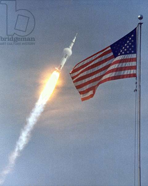 Apollo 11: Decollage of Saturn V - Apollo 11 launch July 16 1969 - Decollage of the Saturn V/Apollo 11 rocket. 16/07/1969. Apollo 11 climbing towards orbit. Jul 16 1969