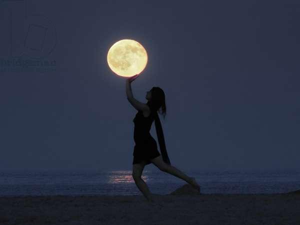 Moon Game - Moon Game
