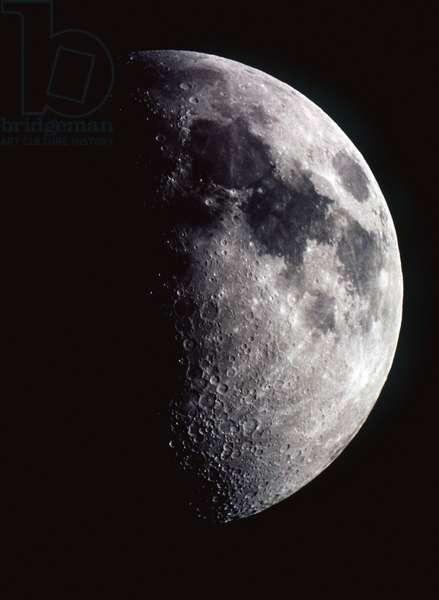 Moon -First quarter -7 days: Moon: first quarter Moon