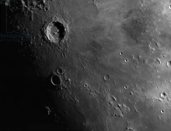 Moon: Copernicus crater and Sea of the Islands - Moon: Copernicus crater and Mare Insularum - The Copernic crater, on the top left, is about 90 km in diameter