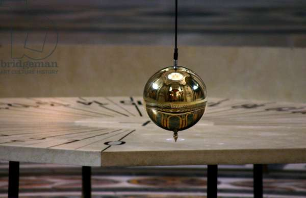 The Foucault Pendulum at the Pantheon - Foucault pendulum in Paris - Experience designed to demonstrate the rotation of the Earth. Experiment to demonstrate the rotation of the earth. Pantheon - Paris - France