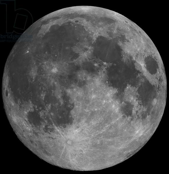 Full Moon - Full Moon - The Moon seen on January 10, 2009 a few hours before the full Moon. Mosaic of 23 images. Mosaic of 23 images showing the Moon on january 10 2009, a few hours before full moon