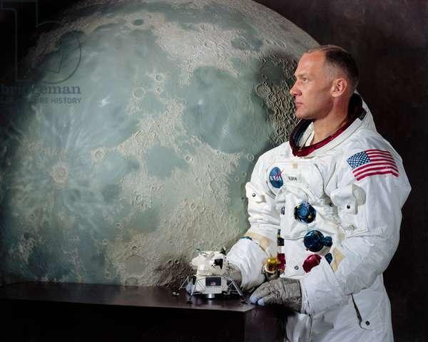"""Apollo 11: Portrait of Edwin Aldrin - Portrait of Edwin E. Aldrin - Portrait of Edwin """""""" Buzz"""""""" Aldrin, Lunar Module Pilot, Apollo 11. Portrait Lunar Module Pilot Edwin E. """""""" Buzz"""""""" Aldrin, Jr. Apollo 11 Lunar Landing Mission"""