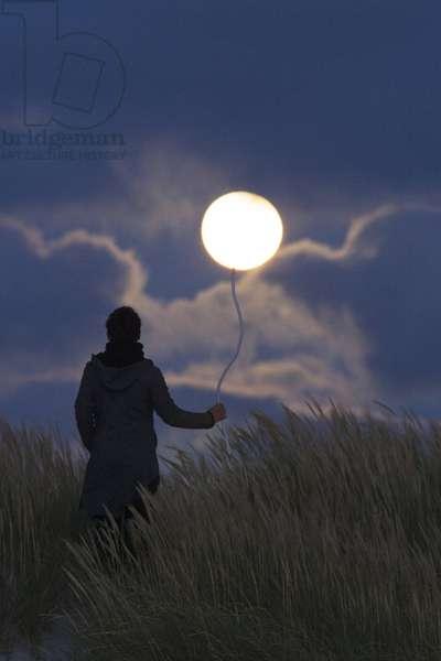 Moon like a balloo - Moon like a balloo