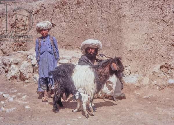 Shepherds, Quetta, Baluchistan, Pakistan, 1969 (photo)