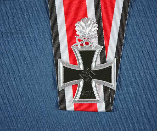 Knight's Cross of the Iron Cross with oak leaves and swords, 1939-45 (metal & ribbon)