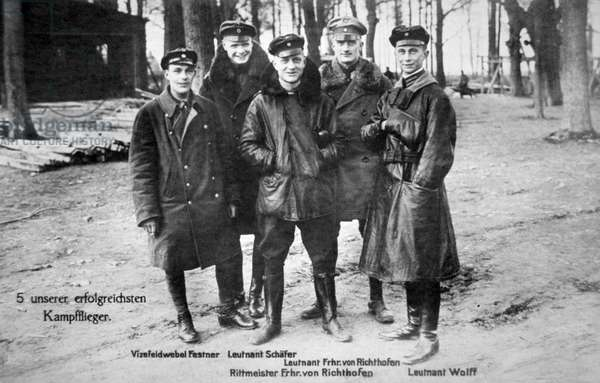 Baron von Richthofen with fellow pilots, including his brother Lothar (b/w photo)