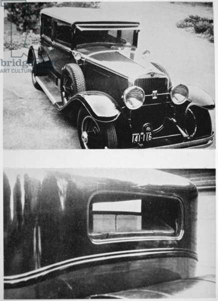 Al Capone's (1899-1947) armoured cadillac (b/w photo)