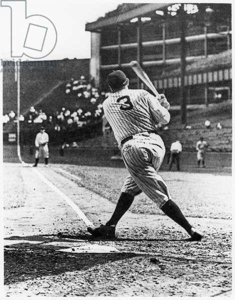 Babe Ruth (b/w photo)