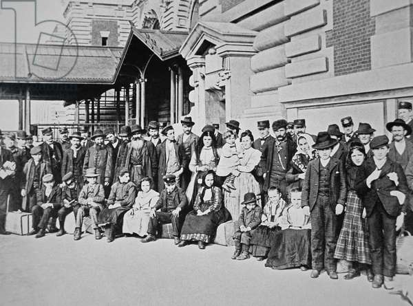 New immigrants on Ellis Island, New York, 1910 (b/w photo)