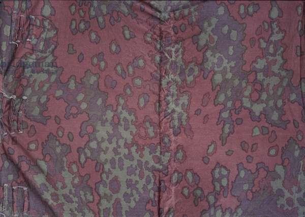 German Zeltbahn in oak leaf pattern (textile)