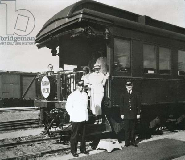 The observation car of the all-Pullman luxury 'Florida Special' of the Florida East Coast Railway, New York to Miami, 1928 (b/w photo)