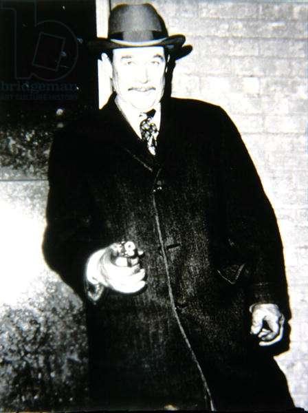 Ben Johnson (1918-96) as FBI Agent Melvin Purvis in 'Dillinger', 1973 (b/w photo)