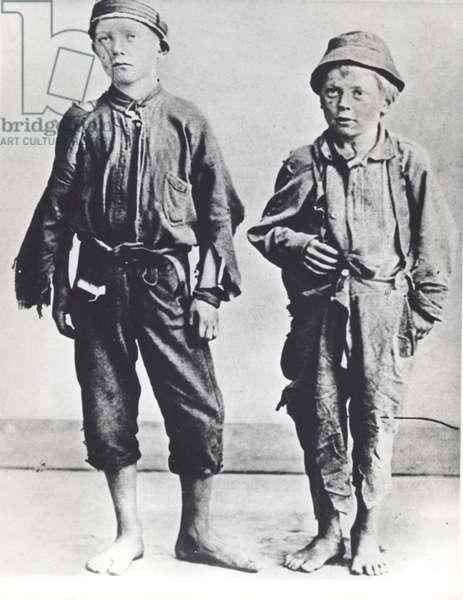Street Arabs of New York City, c.1900 (b/w photo)