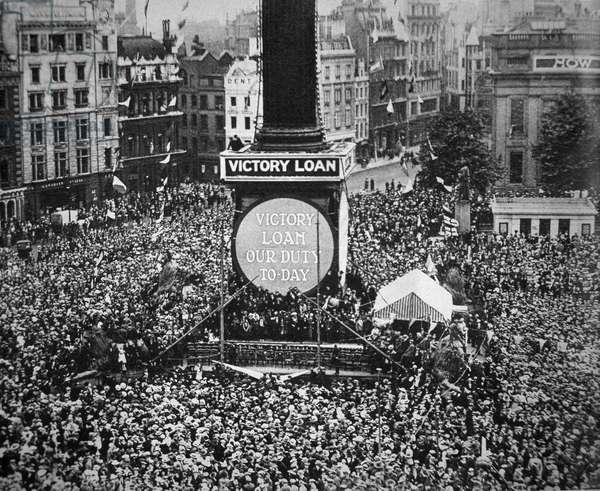 Celebrating Armistice Day in Trafalgar Square, London, 11th November 1918 (b/w photo)