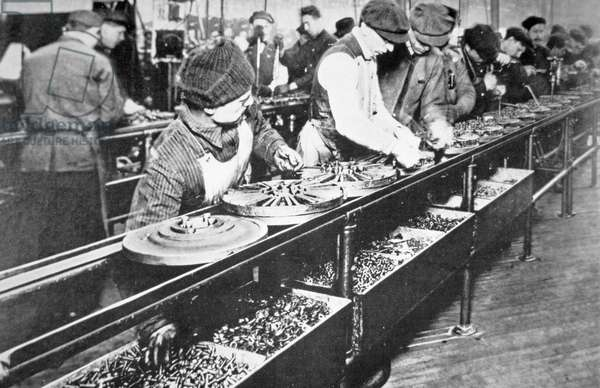 Ford Motor Company assembly line, Detroit, c.1917 (b/w photo)