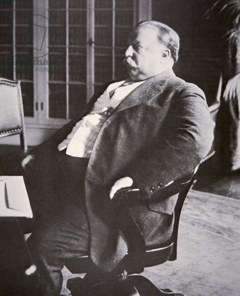William H. Taft (1857-1930) (b/w photo)