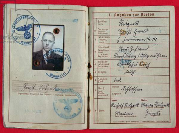 German Army military pass issued to Unteroffizier Horst Roszick, 21 December 1944 (book with b/w photo, stamps & handwritten notes)