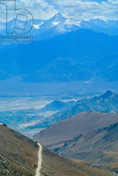View from world's highest motorable road at Khardung la north of Leh, Ladakh, Jammu & Kashmir, Himalayas, India (photo)