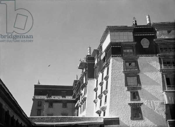 Part of the Potala Palace showing the corner of the Dalai Lama's quarters seen from the Eastern Courtyard or Deyang Shar, Lhasa, Tibet, 6th September 1936 (b/w photo)