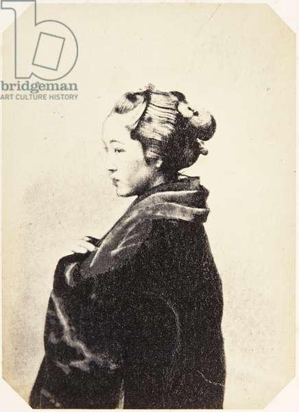 Portrait of a Japanese woman wearing traditional dress of kimono, c.1860 (albumen print)