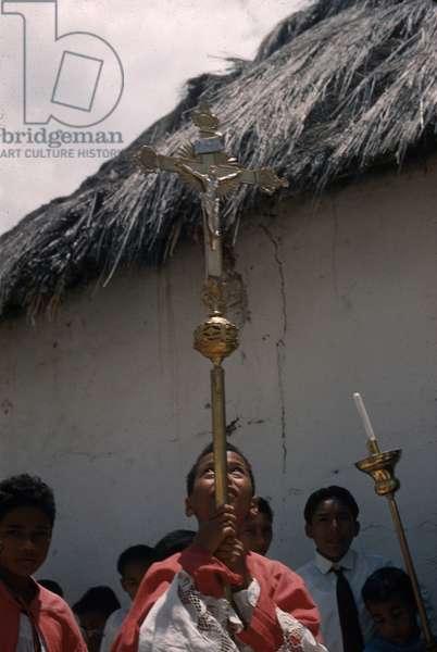 Procession for the festival of San Isidro, Atanquez, Sierra Nevada de Santa Marta, Cesar department, Colombia, 1960-61 (photo)