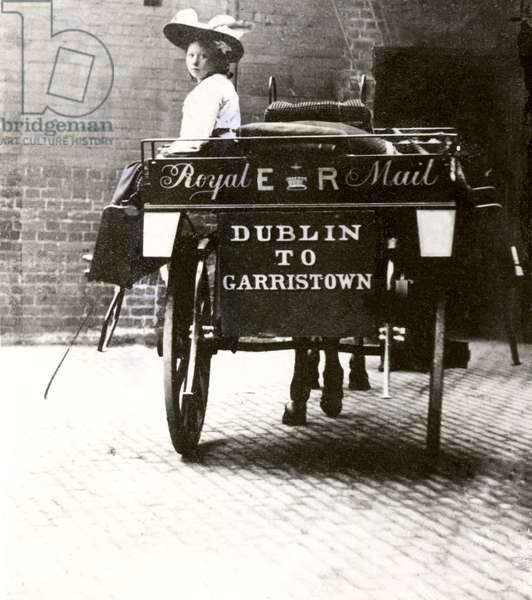 Dublin to Garristown Mail Cart, 1901-10 (b/w photo)