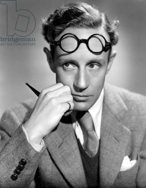 Leslie Howard, English actor and film star, in Pygmalion, 1938