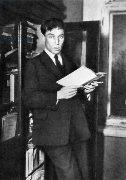 Boris Pasternak, Russian writer 1927