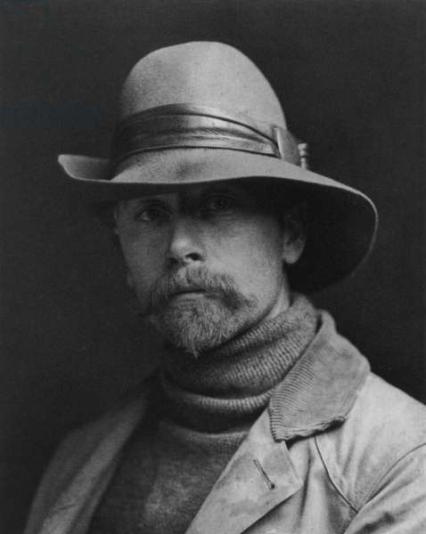 """Edward S. Curtis (1868-1952) american photographer who worked under patronage of JohnPierpontMorgan, he was interested in Indians and published a kind of encyclopedia about them (""""The North American Indian"""")"""