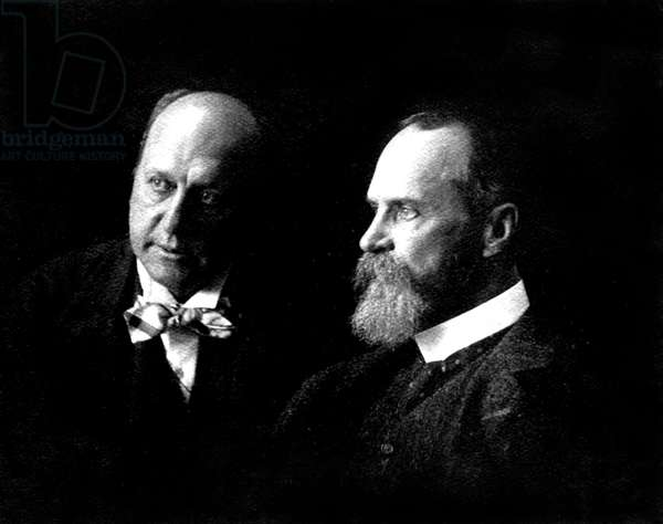 Henry James (1843-1916) american naturalised english novelist and his brother William James (1842-1910) american philosopher, picture by Marie Leon, 1908