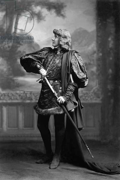 """French actress Sarah Bernhardt as Hamlet in play """"Hamlet"""" by William Shakespeare , 1897"""