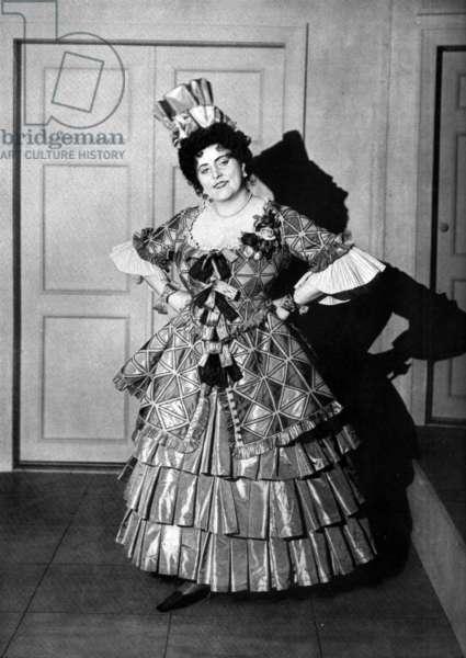 Opera singer Margarethe Siems as Zerbinetta in Richard Strauss's opera