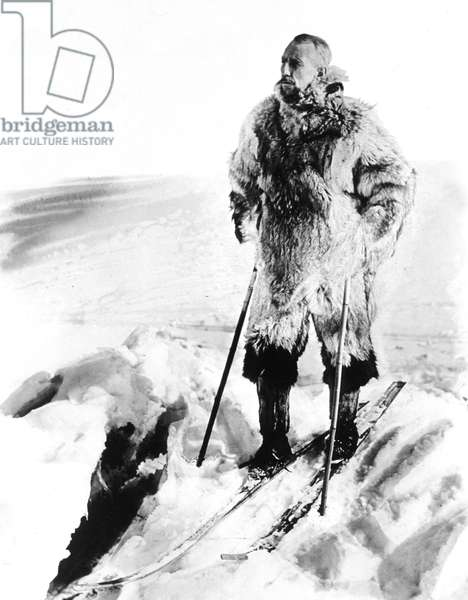 Norwegian explorer Roald Amundsen (1872-1928) on the road towrds Antarctic c. 1911